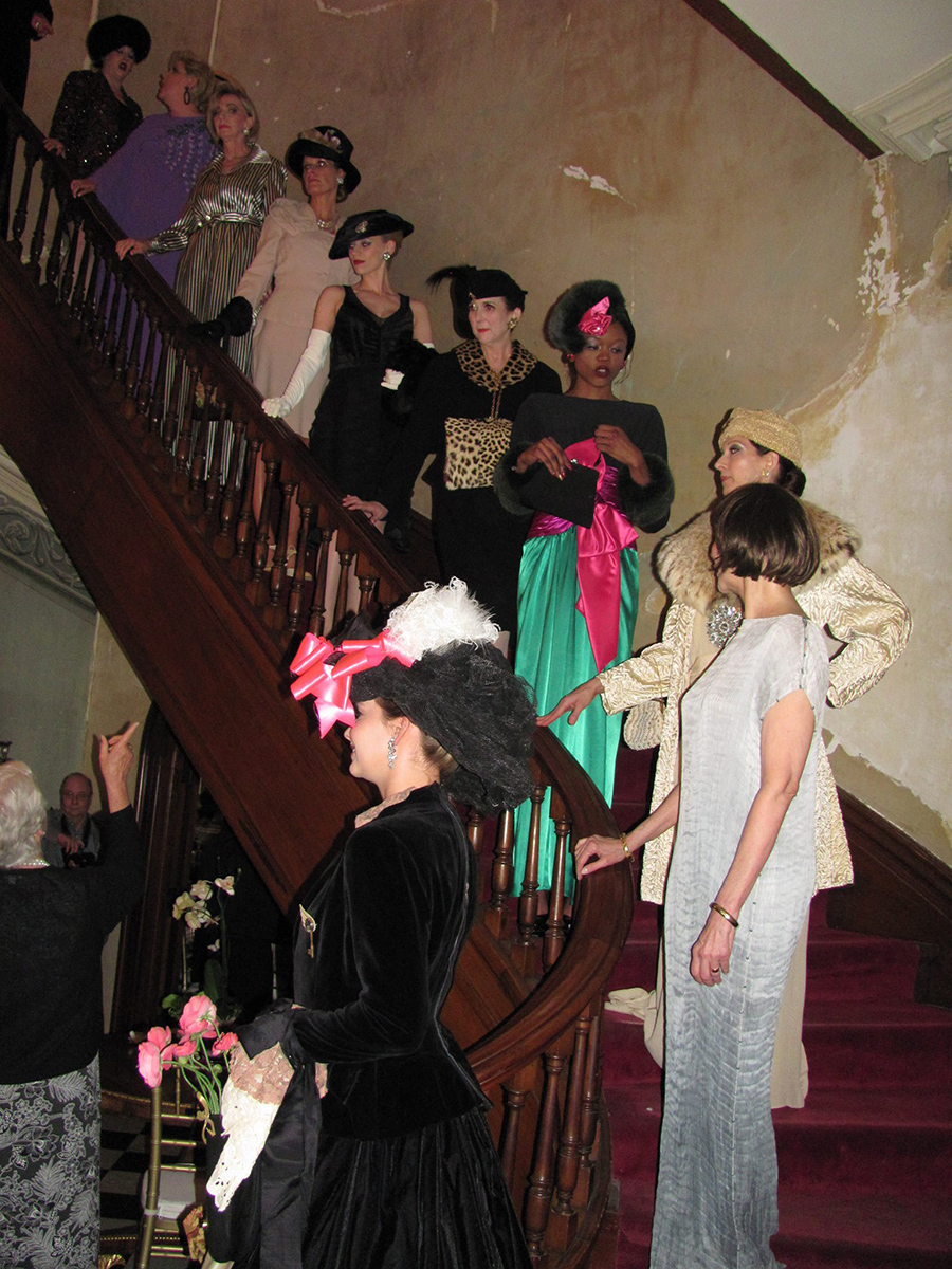 COFI_-_Models_on_staircase