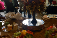 buffet_table